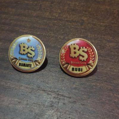 pins15